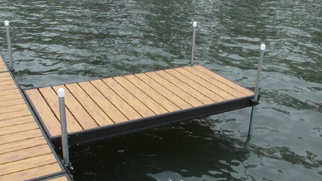 diy boat dock design natural steel poles low maintenance